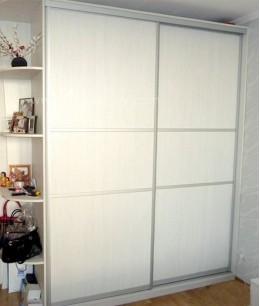 Двери для встроенного шкафа из лдсп