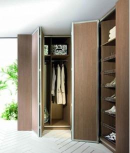 Двери гармошка для встроенного шкафа