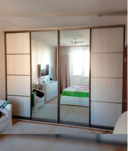 Двери для встроенного шкафа  в спальню