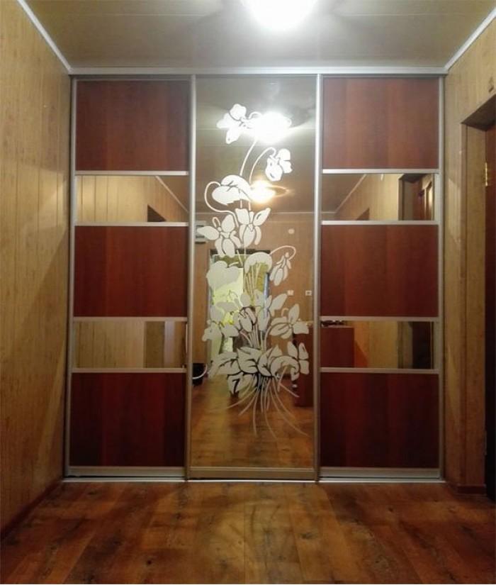 двери недорого купить в москве с установкой