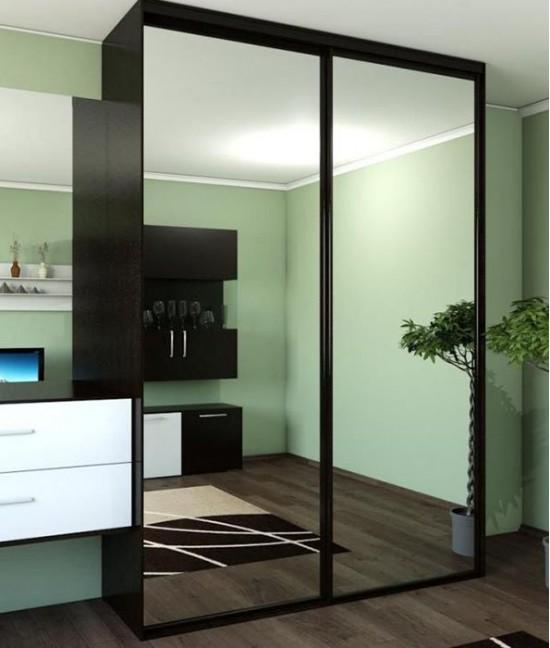 Зеркальные двери для шкафа купе в гостиную