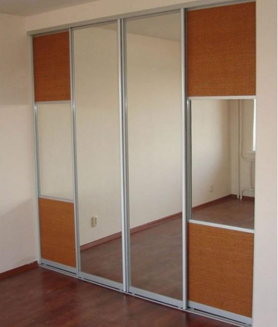 Четыре (4) зеркальные двери для шкафа-купе