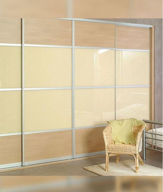 Четыре (4) стеклянные двери