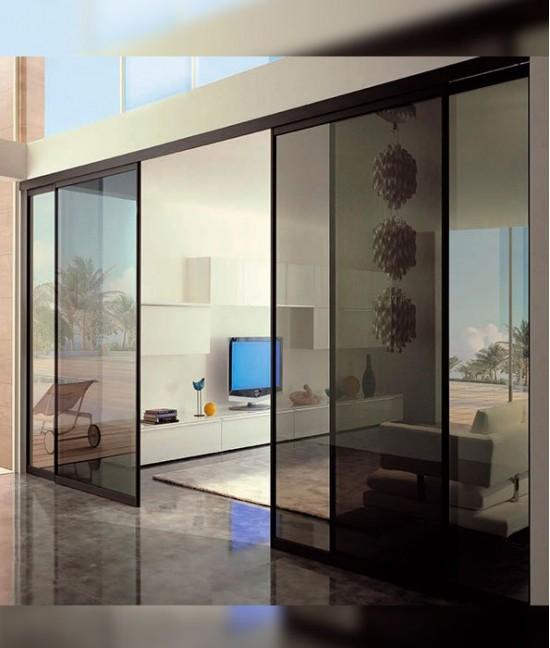 Большие раздвижные стеклянные двери