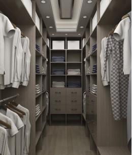 Встроенная гардеробная в кладовке