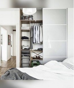 Встроенный шкаф гардеробная в спальне