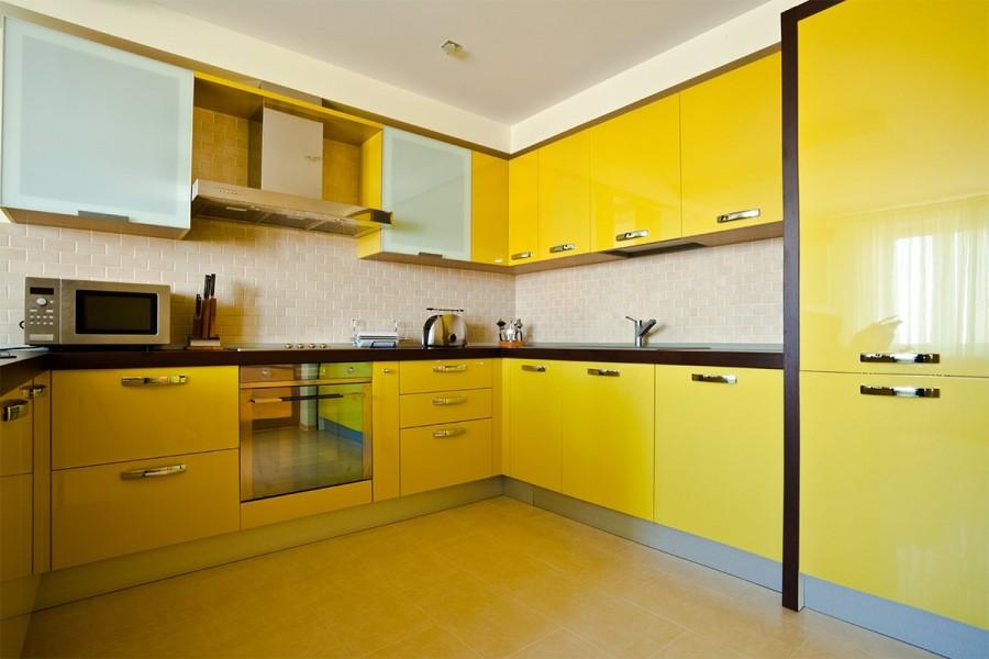 лучшие фото желтых кухонь выполнен высококачественного, сертифицированного