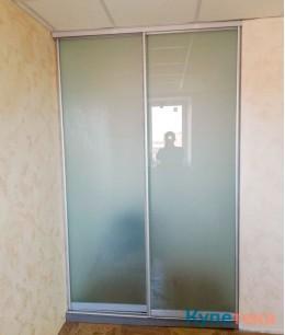 Офисные двери-купе из матового стекла