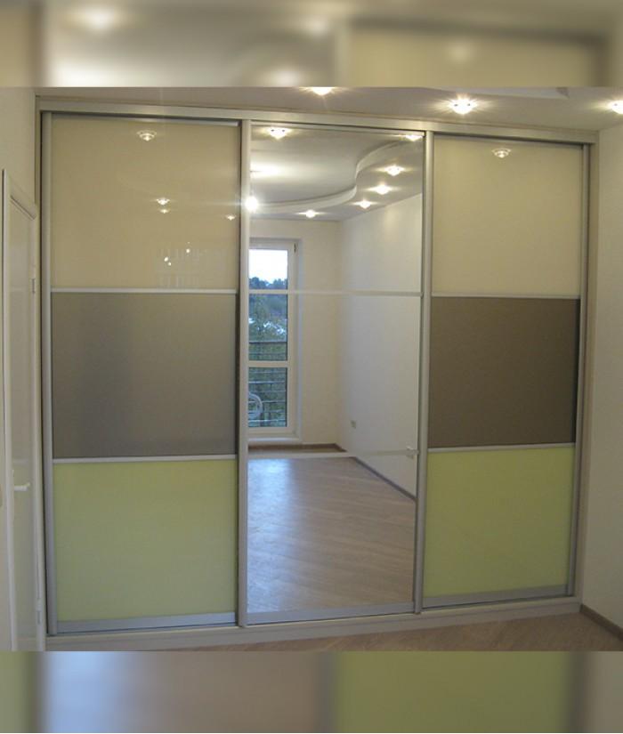 Шкафы купе со стеклянными дверями фото