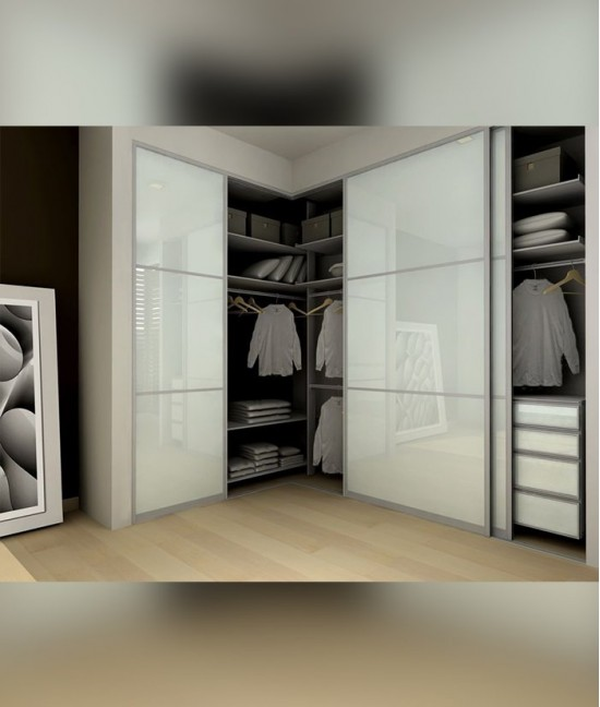 Угловой встраиваемый шкаф купе трехдверный