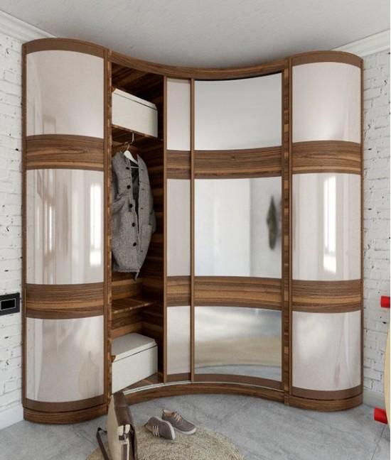 Угловой шкаф купе радиусные в гостиную трехдверный