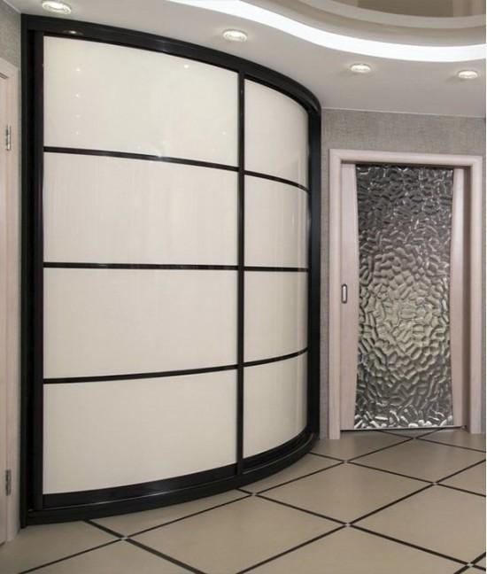 Радиусный шкаф купе угловой радиальный белый