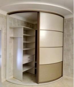 Радиусный шкаф купе угловой с пантографом
