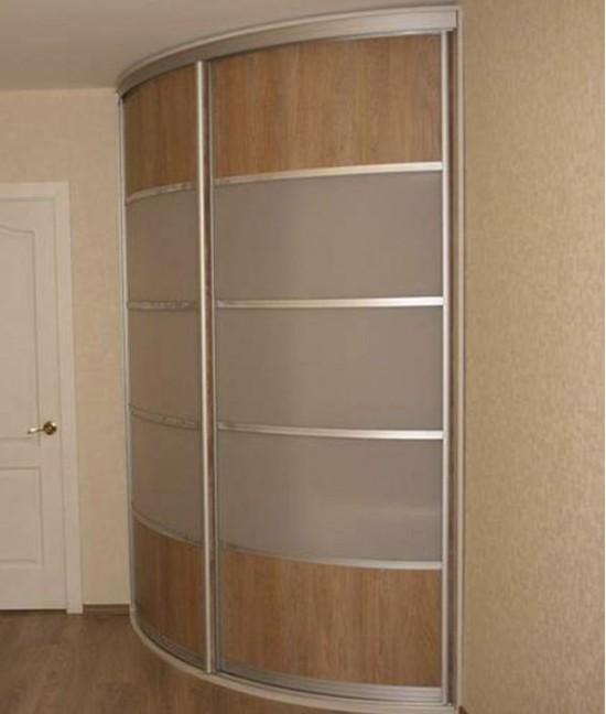 Радиусный шкаф купе в прихожую двухдверный