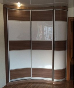 Шкаф купе радиусный 2 на 2 метра