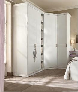 Белый угловой шкаф купе в спальню