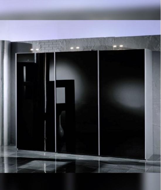 Шкаф купе со стеклом черный
