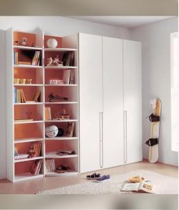 Встроенный шкаф купе в детскую с книжными полками