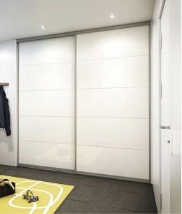 Встроенный шкаф купе в нишу с подвесными дверями