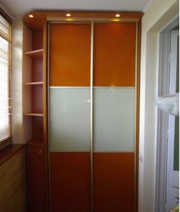 Встроенный шкаф купе на балкон лдсп узкий