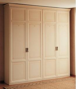 Встроенный шкаф распашной бежевый