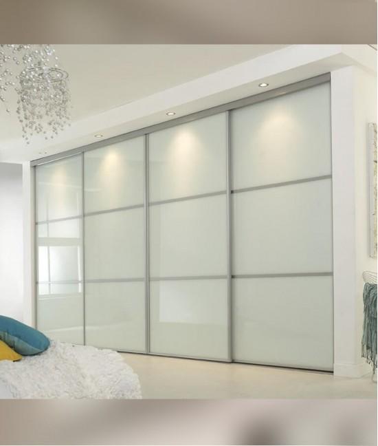 Встроенный шкаф купе в спальню satin glass (акриловое стекло)